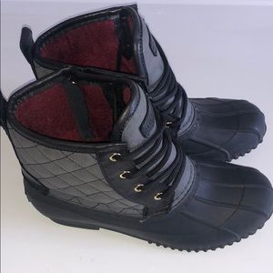 Tommy Hilfiger boots like new